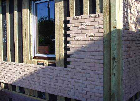 Недорого купить наружные фасадные панели для отделки дома «под камень» и «под кирпич» предлагает в Джанкое компания «Рич Стоун»