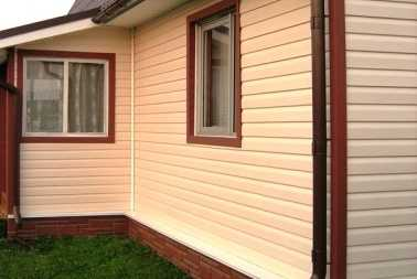 Купить качественный цокольный и виниловый сайдинг для наружной отделки дома по доступной цене в Симферополе предлагает компания «Рич Стоун»