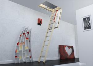 чердачная лестница в интерьере дома