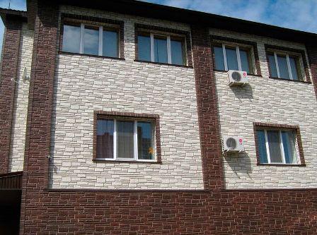 отделка дома фасадными панелями