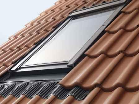 мансардное окна на крыше
