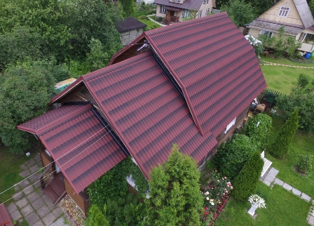 ондулин на крыше дома в Армянске