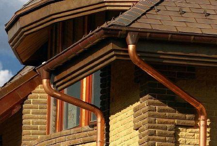 медный водосток для крыши