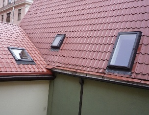 установленные мансардные окна Velux в Феодосии